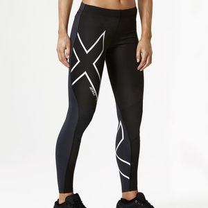 2XU wind defence reflective compression tights